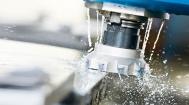 CNC-Fräsen mit einem Messerkopf